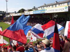 Nombreux drapeaux lyonnais