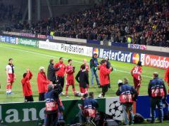 Les joueurs allemands viennent remercier et saluer leurs supporters