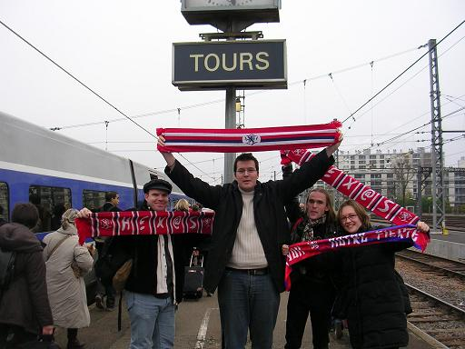 """Hex@ on """"Tours"""""""
