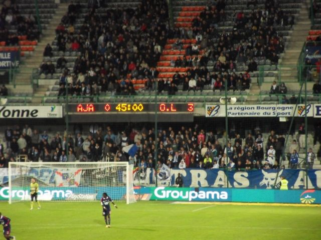 Auxerre 0 - 3 OL